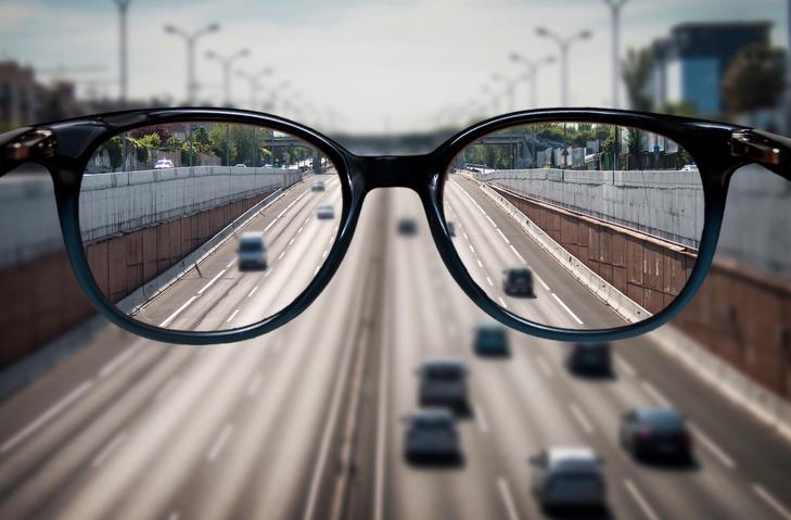 ทำไมเราถึงสายตาสั้น เป็นเพราะอะไร